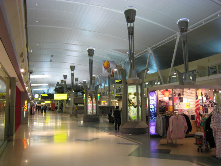 Advisory jfk t4 poised to create more tsa haters for Jfk airport hotel inside terminal