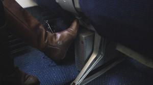 KLM 737-700 obstructed Winodw Legroom