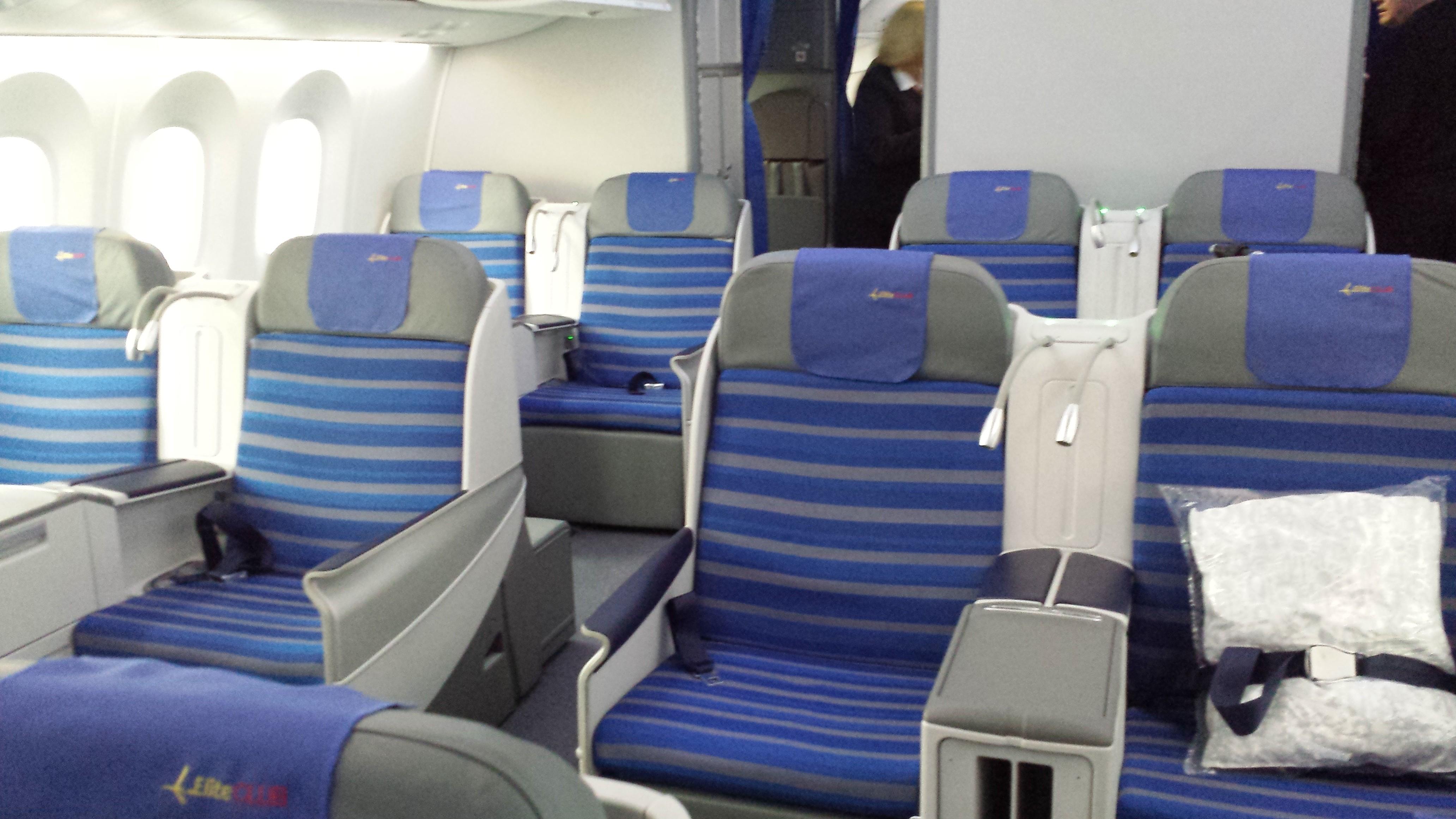 Elite Club Cabin aboard a LOT 787.