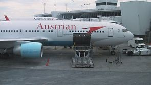 Video thumbnail for vimeo video Video | Austrian Airlines 767-300 - International Business Class - modhop